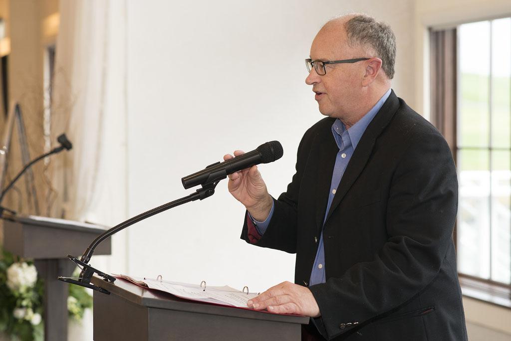 SA 2019 Mike Williams (UWWRC Board Chair) at Podium 2